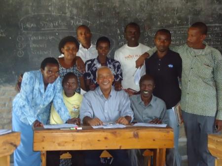 Lundi 21 janvier, après l'atelier donné à l'équipe de professeurs et au directeur de l'école Rutaraka, dans le district de Nyagatare.
