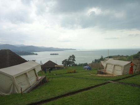 Panorama du lac Kivu depuis le Inzu Lodge