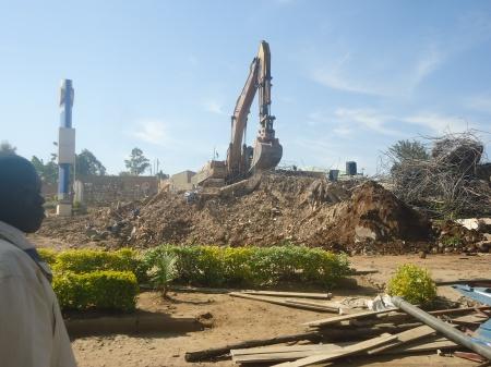 Ce qui restait ce matin, mercredi, des décombres de l'immeuble écroulé...