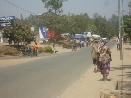 La rue principale de Nyagatare, juillet 2013
